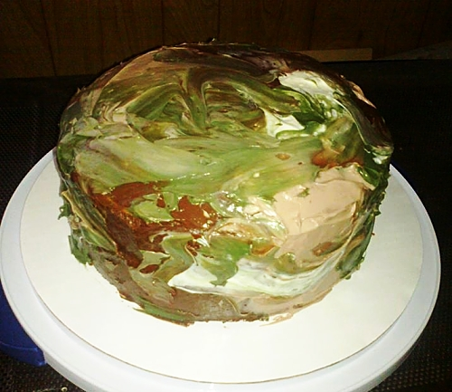 Bacon Cheese Pull Aparts In The Dutch Oven: Camo Cake